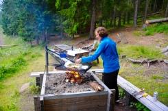 Grill auf offenem Feuer