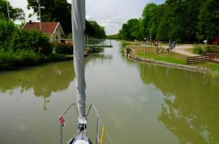 Eine der unzähligen fernbedienten Rollbrücken
