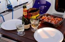 Festessen mit Babyhummer und Festgetränk (danke Laura!)