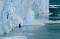 Perito Moreno - Abbruch eines ca. 20 Meter großen Stücks