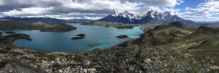 Torres del Paine Massiv mit Lago