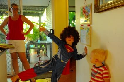 Jacob in seinem neuen Superman-Outfit