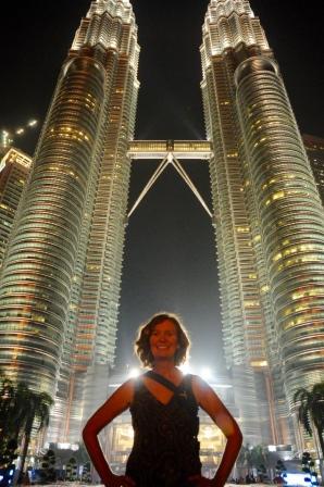 Petronas Towers Kuala Lumpur und Moni