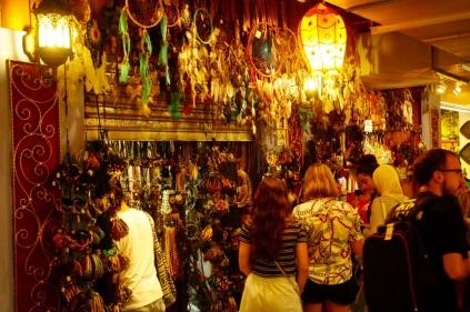 Wir entern den Central Market Kuala Lumpur...