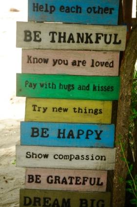 Freundliche Handlungsempfehlungen an jeder Ecke